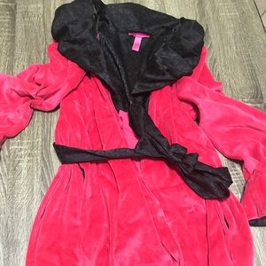 Betsy Johnson Pink robe bell sleeves sz large
